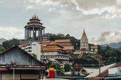 Kek Lok Si Temple bekeek van Lucht Itam in George Town Panang, Maleisië Royalty-vrije Stock Fotografie