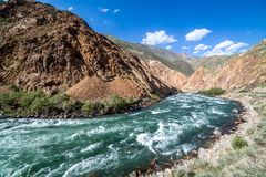 Kekemeren river in Tien Shan mountains, Kyrgyzstan Royalty Free Stock Photos