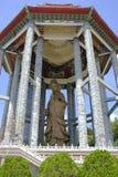 Keken Lok Si Temple Budd Penang Malaysia arkivfoton