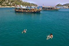 Kekova, Adalia, Turchia - 26 agosto 2014: : Vista sul mare di Kekova che è una regione antica a Adalia, la vista degli yacht, vel Fotografia Stock