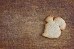 Keks in Form von Abbildungen des Eichhörnchens Stockbilder