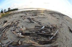 Kelantan et la plage négligée Image stock