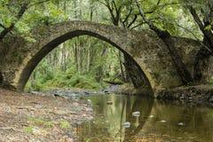 Kelefos middeleeuwse brug Cyprus Stock Foto's