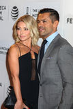 Kelly Ripa and actor Mark Consuelos Royalty Free Stock Photos