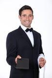 Kelner met een menu stock foto's
