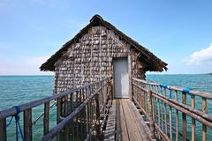 Kelong, het drijvende platform in Indonesië Stock Foto