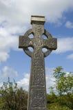 Keltisch kruis in Ierland Stock Foto's