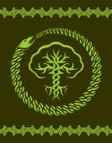 Keltisk modell med trädet och ormen royaltyfri illustrationer