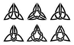 Keltisk trinityfnurenuppsättning Arkivbild