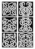 Keltiska ormfnurenmodeller med den stam- prydnaden Royaltyfri Bild