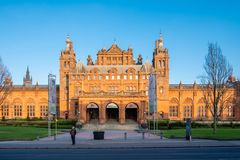Kelvingrove-Galerie u. Museum Glasgow lizenzfreie stockfotos