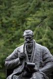 Kelvingrove-Park, Glasgow, Schottland, Vereinigtes K?nigreich, im September 2013, die Statue und das Denkmal zu Lord Kelvin lizenzfreie stockbilder