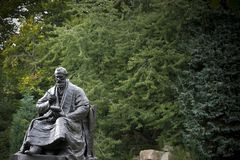 Kelvingrove park, Glasgow, Szkocja, Zjednoczone Kr?lestwo, Wrzesie? 2013 statua i pomnik w?adyka kelvin, obraz royalty free
