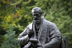 Kelvingrove parkerar, Glasgow, Skottland, F?renade kungariket, September 2013, statyn och minnesm?rken till Lord Kelvin arkivfoto