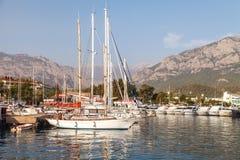 Kemer, Turchia, il 17 ottobre 2018 porticciolo sul mar Mediterraneo immagini stock