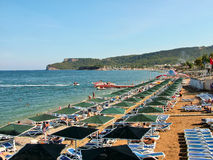 Kemer, Turquía - 12 de octubre de 2012 - playa de la ciudad Fotos de archivo libres de regalías