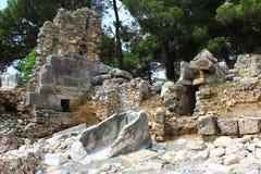 Kemer, Turquie, mai 2017 Ruines de la ville antique de Phaselis Photo libre de droits