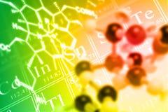 Kemi- eller vetenskapsbakgrundsbegrepp med molekylen och chemic Arkivbild