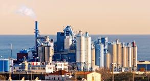 Kemisk fabrik Royaltyfria Bilder
