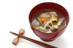 Kenchinjiru, Gemüsesuppe, japanische Zennahrung Lizenzfreies Stockbild