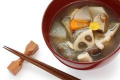 Kenchinjiru, sopa vegetal, alimento japonés del zen fotos de archivo libres de regalías