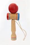 Kendama, un juguete japonés tradicional que consistía en una espada y una bola conectó por una secuencia Fotos de archivo