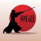 Kendo-Kämpfer im traditionellen Kleidungsschattenbild Stockfoto