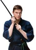 Kendoka w hakama szkoleniu z bokken Zdjęcie Stock