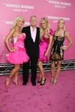 Kendra Wilkinson, Holly Madison, Hugh Hefner, Bridget Marquardt, Hollies lizenzfreies stockbild