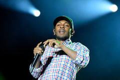 Kendrick Lamar (de Amerikaanse kunstenaar van de hiphopopname) presteert bij het Geluid 2014 van Heineken Primavera Royalty-vrije Stock Foto's
