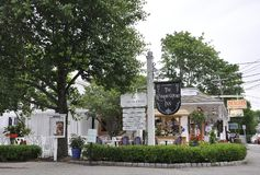 Kennebunkport, Μαίην, στις 30 Ιουνίου: Στο κέντρο της πόλης ιστορικό πανδοχείο από Kennebunkport στην κατάσταση του Μαίην των ΗΠΑ στοκ φωτογραφίες με δικαίωμα ελεύθερης χρήσης
