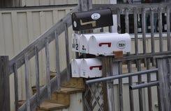 Kennebunkport, Мейн, 30-ое июня: Городские коробки почты дома от Kennebunkport в положении Мейна США Стоковые Фотографии RF