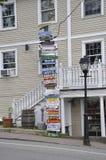 Kennebunkport, Maine, il 30 giugno: Colonna del centro delle insegne da Kennebunkport nello stato di Maine di U.S.A. Immagini Stock