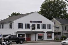 Kennebunkport, Maine, o 30 de junho: Casas históricas do centro de Kennebunkport no estado de Maine de EUA foto de stock
