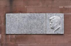 Kennedy-Erinnerungstablette beim Paulskirche in Frankfurt, Deutschland stockfotografie