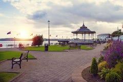 Kennedy-Park in der touristischen Seehafenstadt Cobh auf der Südküste des Grafschafts-Korkens, Irland stockfotografie
