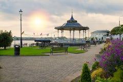 Kennedy-Park in der touristischen Seehafenstadt Cobh auf der Südküste des Grafschafts-Korkens, Irland lizenzfreie stockfotos