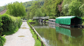 Kennet & Avon Canal and towpath Royalty Free Stock Photography
