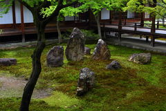 Kennin籍日本庭院在京都 免版税图库摄影