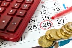 Kennzeichen auf Kalender bei 26 Lizenzfreie Stockfotos