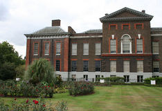kensington伦敦宫殿 免版税库存图片