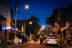 Kensington-Allee nachts, in Kensington-Markt, in Toronto, an Stockfoto