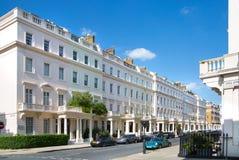 Жилая ария Kensington и Челси Ворота Cadogan со строкой периодических зданий Роскошное свойство в центре Лондона стоковое изображение rf