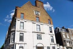 Жилая ария Kensington и Челси Ворота Cadogan со строкой периодических зданий Роскошное свойство в центре Лондона стоковые изображения