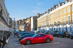Жилая ария Kensington и Челси Ворота Cadogan со строкой периодических зданий Роскошное свойство в центре Лондона стоковая фотография rf