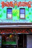 Kensington marknadsgrafitti Toronto Kanada Arkivfoto