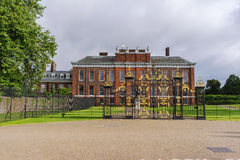 Kensington-Palast Lizenzfreie Stockfotografie