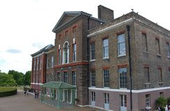 Kensington Palast, London Lizenzfreie Stockfotos