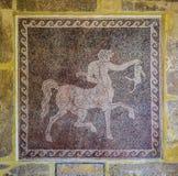 Kentaur och kanin Mosaisk forntida panel av det arkeologiska museet i den gamla staden av Rhodes Grekland fotografering för bildbyråer