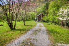 Kentucky-Gebirgshaus im Frühjahr Lizenzfreies Stockbild